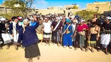 احتجاجات في شبوة على مؤامرات التسليم للحوثيين