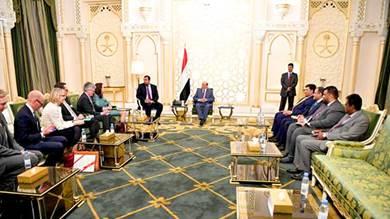 هادي: الحوثيون لا يجنحون للسلام إلا متى شعروا بحاجتهم للمناورة