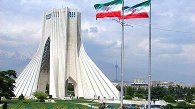 """""""فورين بوليسي"""": الضغط الأمريكي وتداعيات كورونا سيجبران إيران على التفاوض لاحقا"""