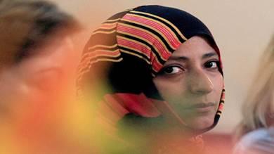 بدء حملة دولية لسحب جائزة نوبل من توكل كرمان