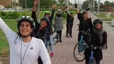 بالفيديو.. فريق دراجات نسائي يقطع مسافة ١٠٠ كيلومتر بجدة