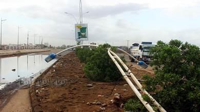 مطالبات بإصلاح ما خلفته الأمطار على طريق المملاح