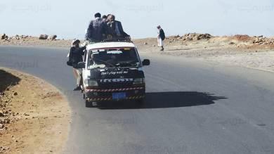 أزمة مواصلات في صنعاء لانعدام الوقود