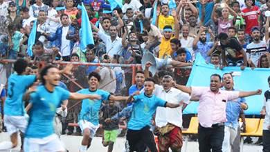 الميناء يخطف كأس بطولة 14 أكتوبر لكرة القدم