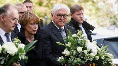 رئيس ألمانيا يعبر عن تضامنه مع صاحب مطعم شاورما في هاله
