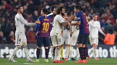 برشلونة يصر على كلاسيكو ريال مدريد في موعده ويرفض التأجيل بسبب السياسة