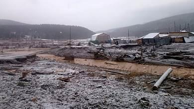 15 قتيلا على الأقل في انهيار سدّ في منجم للذهب في سيبيريا