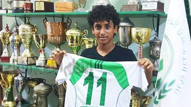 (أشرف فهمي) الموهبة الشابة الصاعدة في نادي وحدة عدن