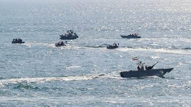 إيران تعلن عن قرب مناورات عسكرية بحرية مع روسيا والصين