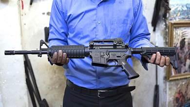 سعر بندقية M 16 في السوق السوداء بعدن