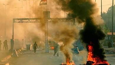تظاهرات غاضبة في العراق بعد ليلة دامية في العاصمة