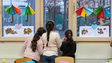 دورات لغوية منفصلة لأولاد المهاجرين في النمسا تثير مخاوف من التمييز بحقهم