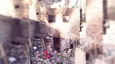 إحراق 4 أطفال داخل منزلهم في مناطق سيطرة الإصلاح والحوثيين بتعز