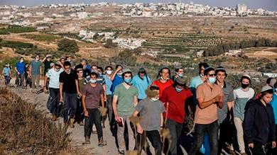 إسرائيليون يقفون بصف الفلسطينيين ضد خطة الضم الإسرائيلية