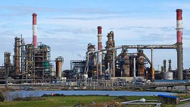 قطاع النفط يواجه احتمال تراجع الطلب نهائياً