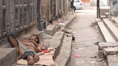 أصدقاء الرصيف في عدن تشرد وشرود ومعاناة مستمرة