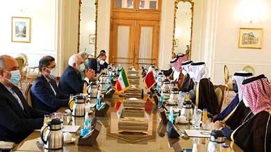 ظريف وآل ثاني يبحثان وساطة قطر بين إيران والولايات المتحدة