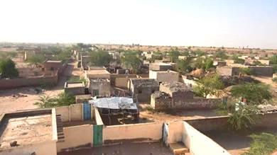 قذائف الحوثي تستهدف أحياء سكنية في حيس