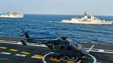 مناورات عسكرية بحرية بمشاركة الولايات المتحدة والهند واليابان واستراليا في نوفمبر 2020