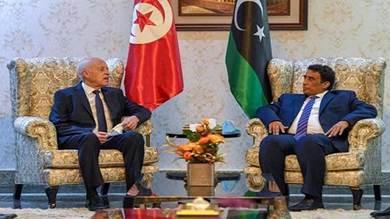 الرئيس التونسي قيس سعيد ورئيس الرئاسي الليبي محمد المنفي