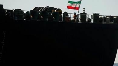 اتهمت أطراف دولية طهران بإطالة الأزمة اليمنية عن طريق تهريب الأسلحة بحراً إلى الحوثيين