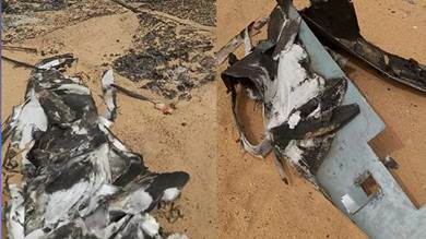 أجزاء من حطام الطائرات المتفجرة نشرها ناشطون عقب الهجوم اليوم السبت