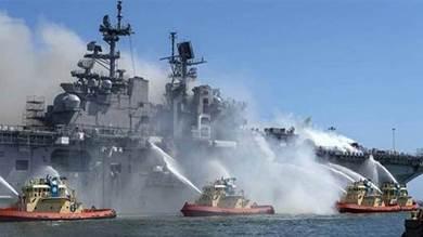 ريق على متن المدمرة الأميركية يو إس إس بونهوم ريتشارد في قاعدة سان دييغو البحرية في كاليفورنيا في 12يوليو 2020