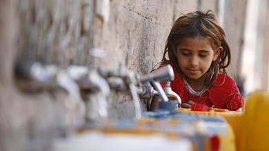 انخفاض منسوب المياه وتدهور إنتاجية معظم الآبار والنمو السكاني والعمراني عوامل زادت من مشكلة الجفاف في المحافظة