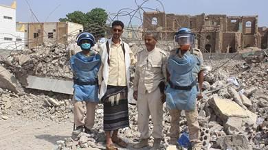 فريق نزع القذائف: انتزعنا 20 لغما من مبنى الأمن بالحوطة