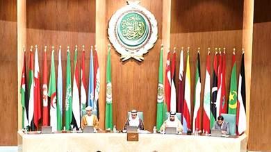 البرلمان العربي يعلق بشأن عودة الحكومة إلى عدن