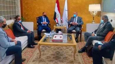 وزير النقل يبحث مع نظيره المصري التعاون المشترك