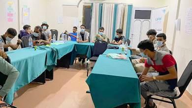 صناع السلام تمنح 15 من شباب المقاومة بعدن فرص عمل