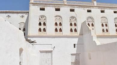 المنزل الذي ترعرع فيه عبد الرزاق قرنح الفائز بجائزة نوبل للأداب لعام 2021 ( محمد مفلح)