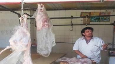 الجزارون بعدن يحتجون على السعر ويرفضون البيع