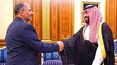ولي العهد السعودي محمد بن سلمان ورئيس المجلس الانتقالي عيدروس الزبيدي